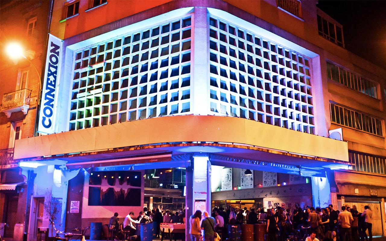 La façade de Connexion Live, reconnaissable parmi tant d'autres !